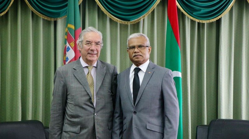 Foreign Minister Meets with the Special Envoy of Portugal Image 1